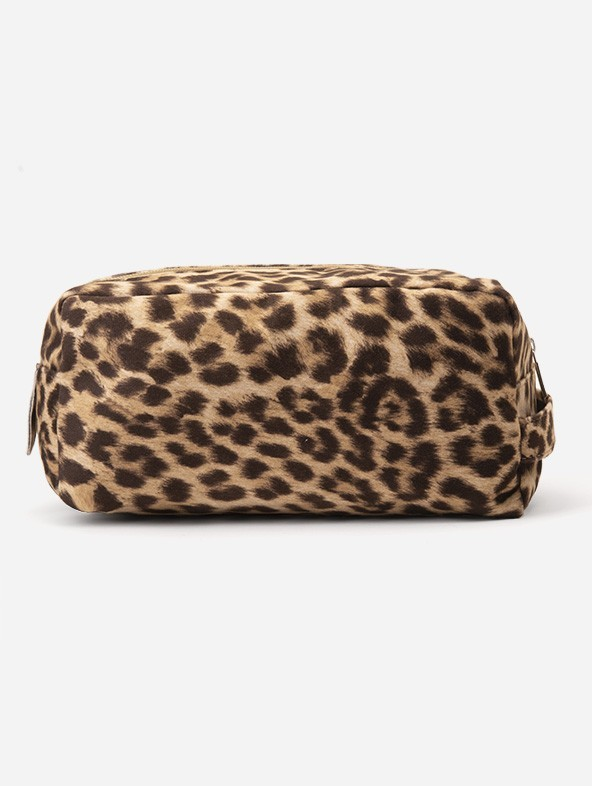 """""""Spotted"""" print beauty case"""