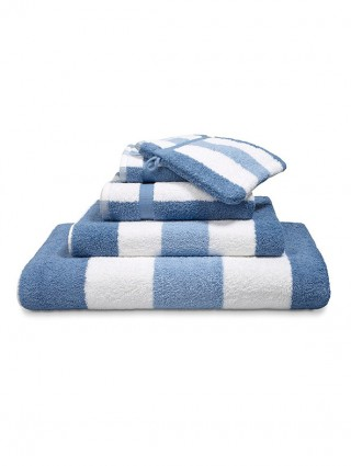 """""""Design"""" Pair of Terry Towels"""