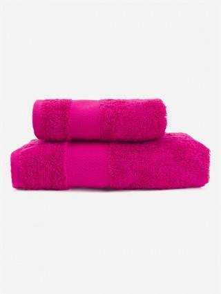 Kapuzenhandtuch für kinder mit passendem handtuch