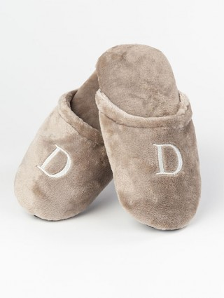 Ecological fur Slippers with Alphabetical initials