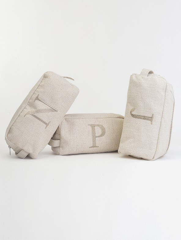 Beauty-case in jute with embroidery letter Times font